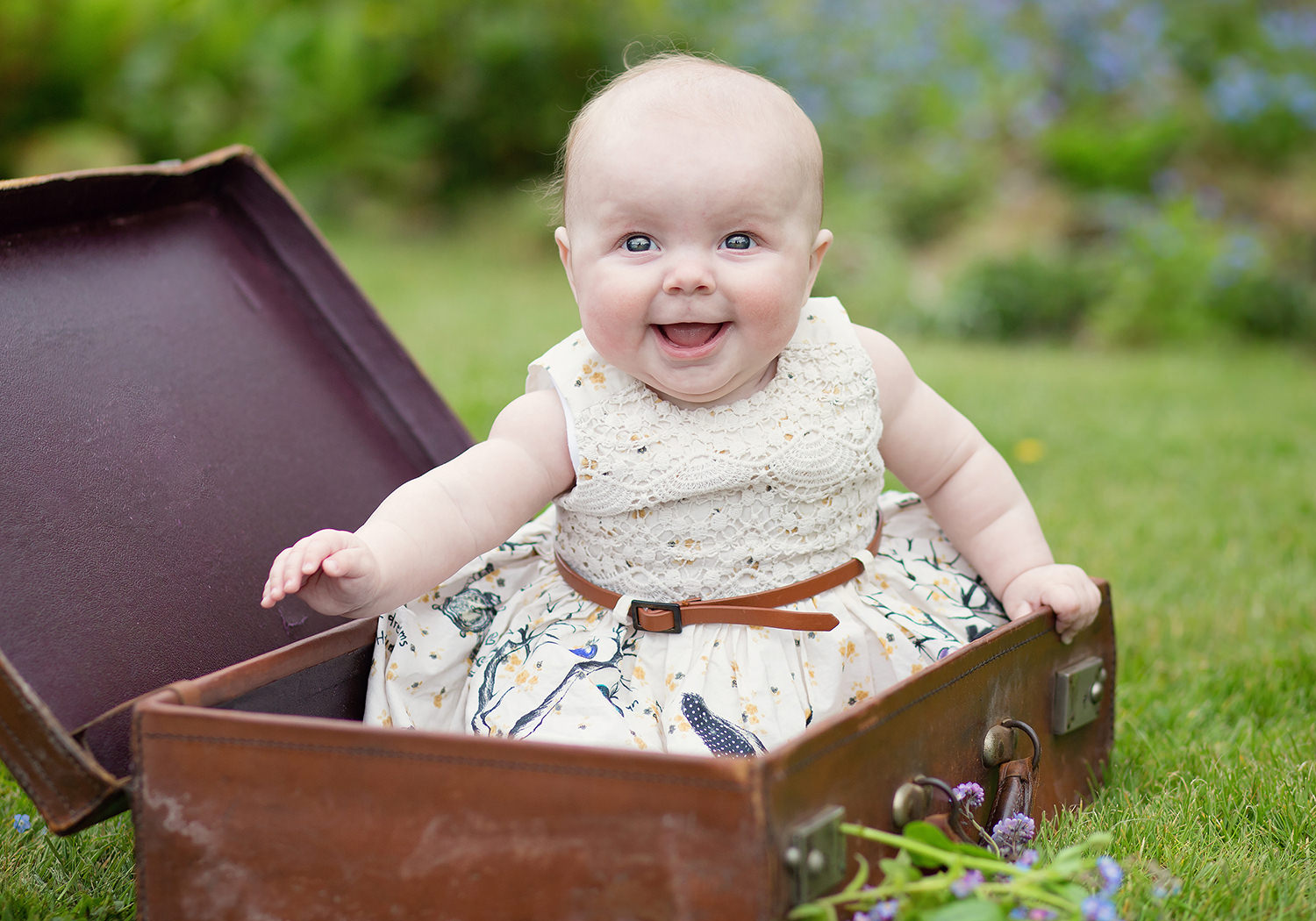 baby photo shoot cowbridge