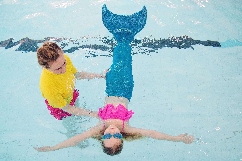 mermaid swimming lesson