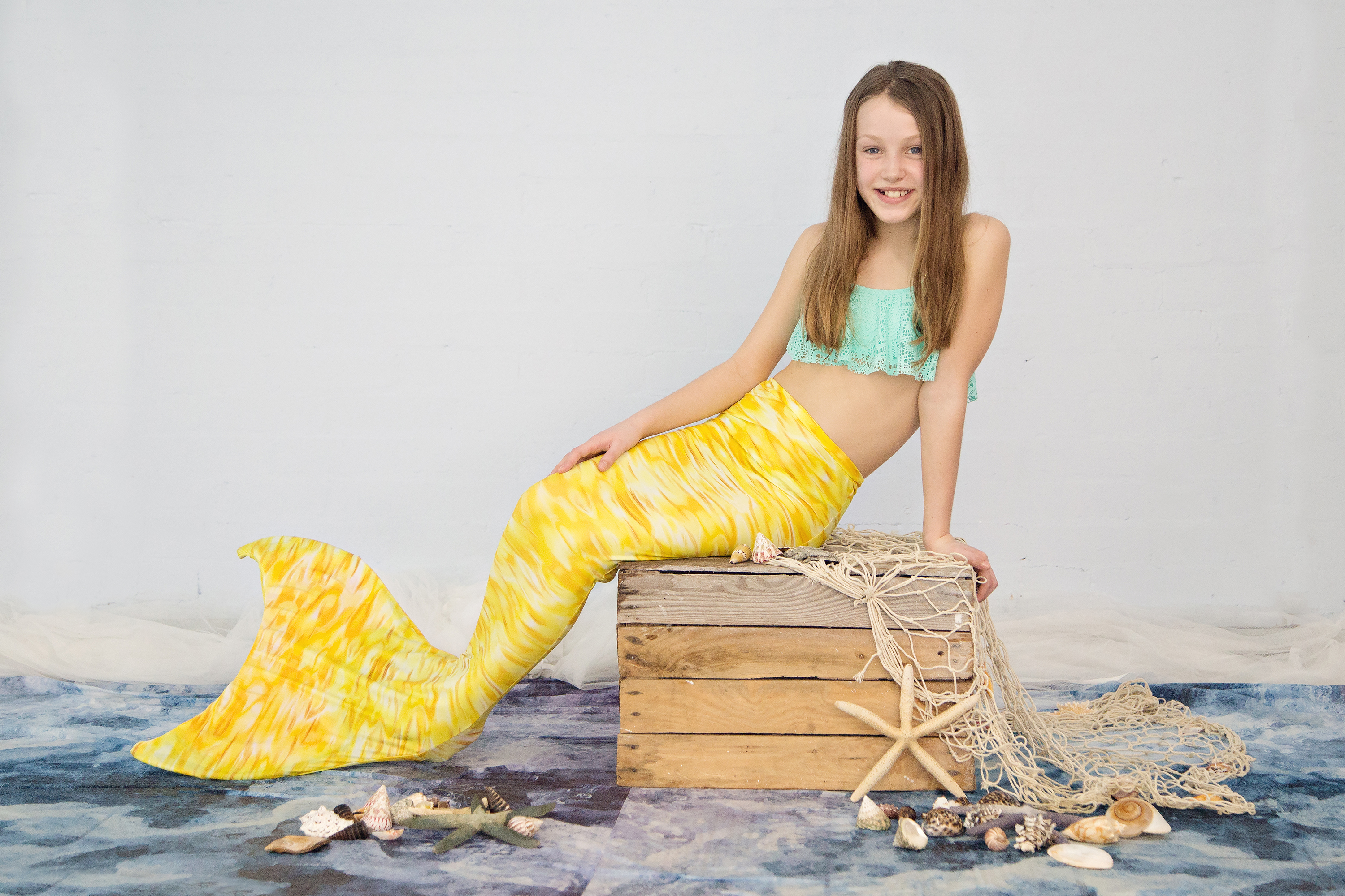 girl in mermaid tail