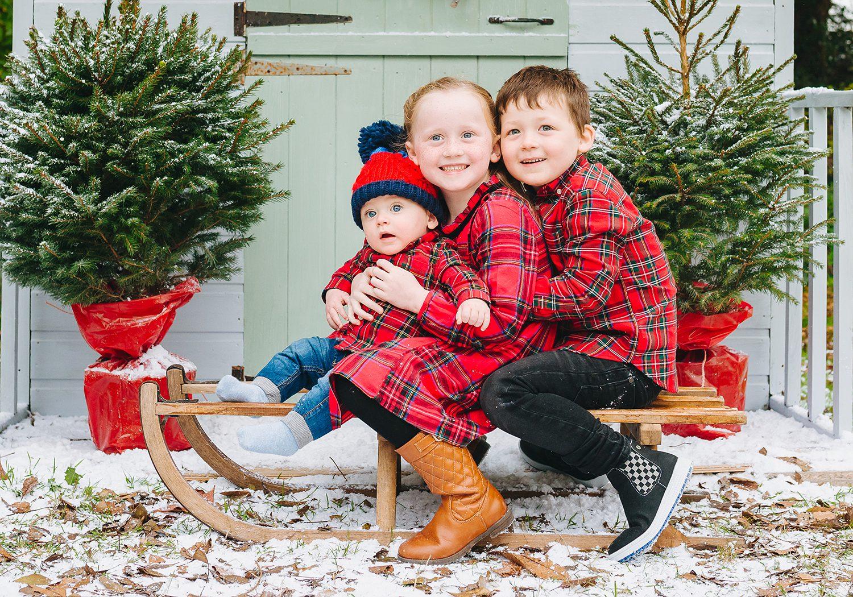 3 children in christmas set