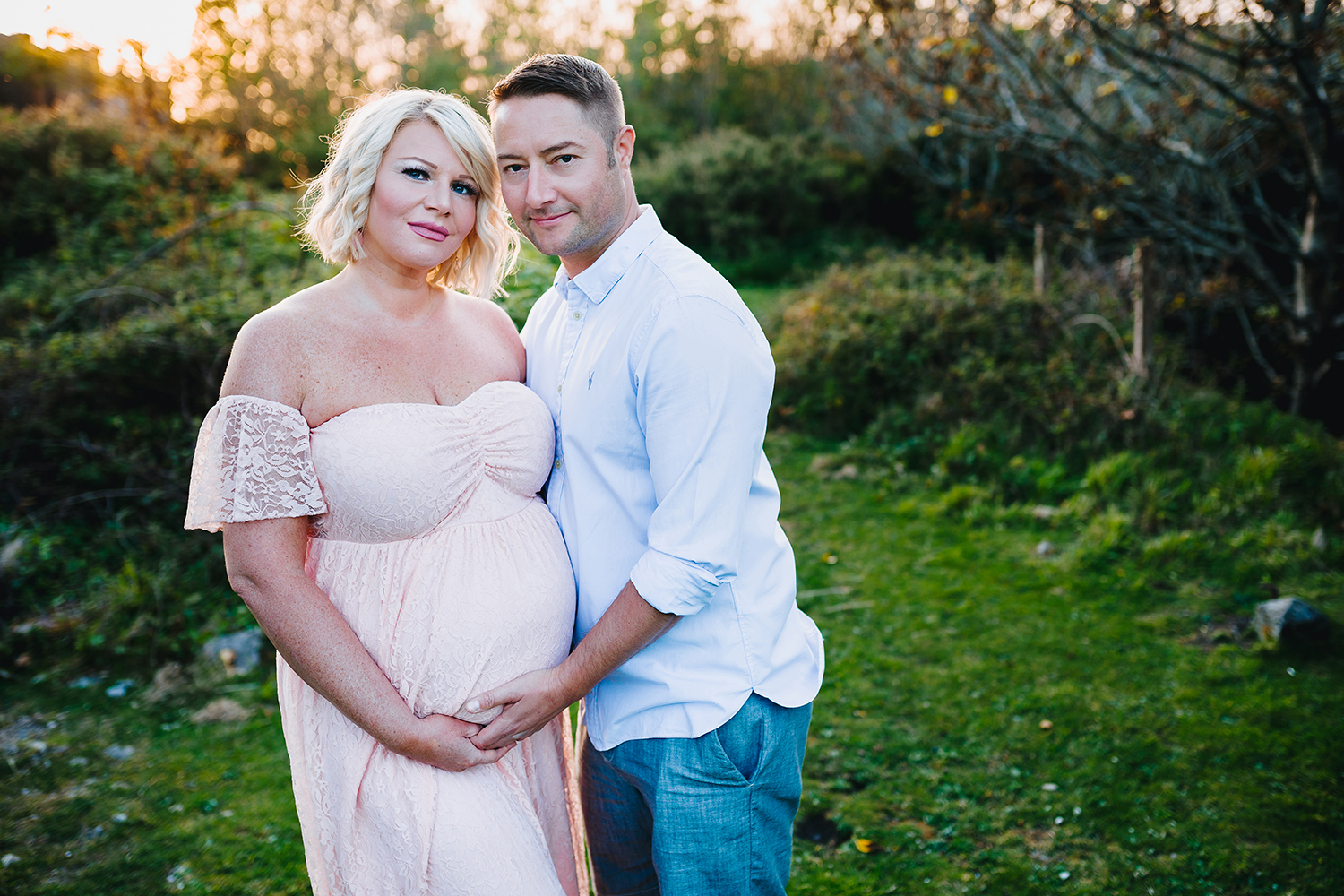 maternity photo shoot near Cardiff
